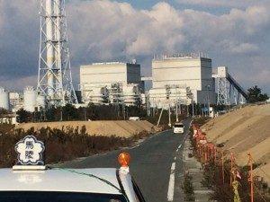 火力発電所。震災時近くの海で石炭船が座礁したそうです。